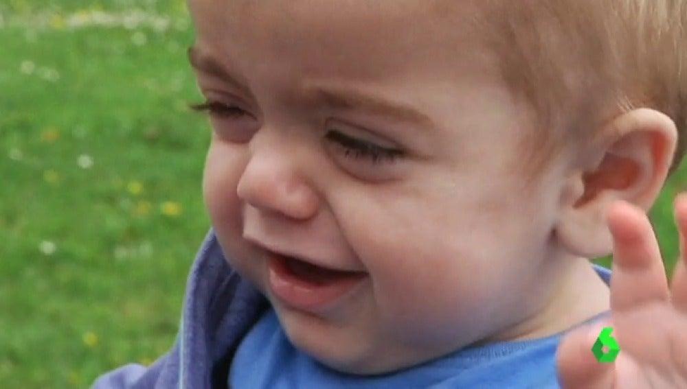 """Frame 0.581807 de: El llamamiento desesperado de los padres de Rubén, un bebé con una enfermedad rara: """"Necesita un donante de médula ósea"""""""