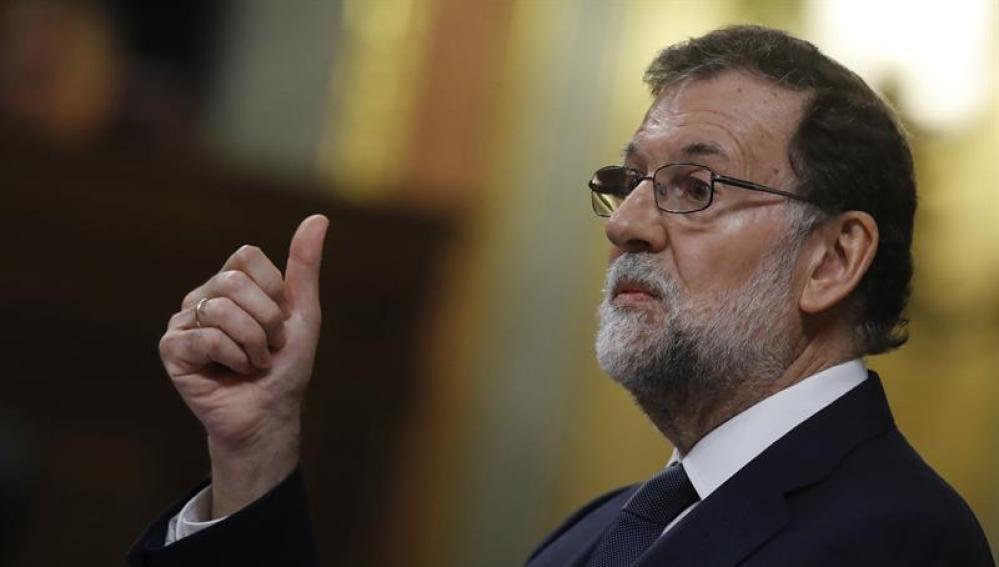 El presidente del Gobierno, Mariano Rajoy, durante su intervención en el debate de la moción de censura