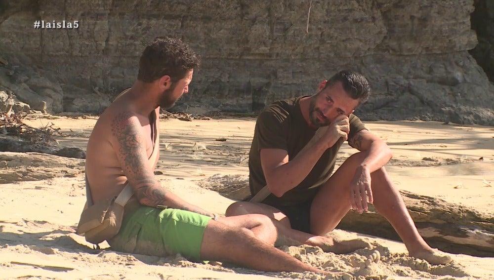 Daniel y Antonio en La Isla