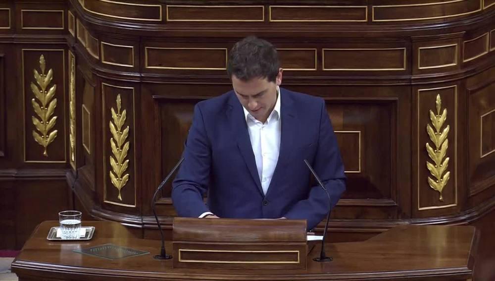 Albert Rivera durante su intervención en el debate sobre la moción de censura a Mariano Rajoy