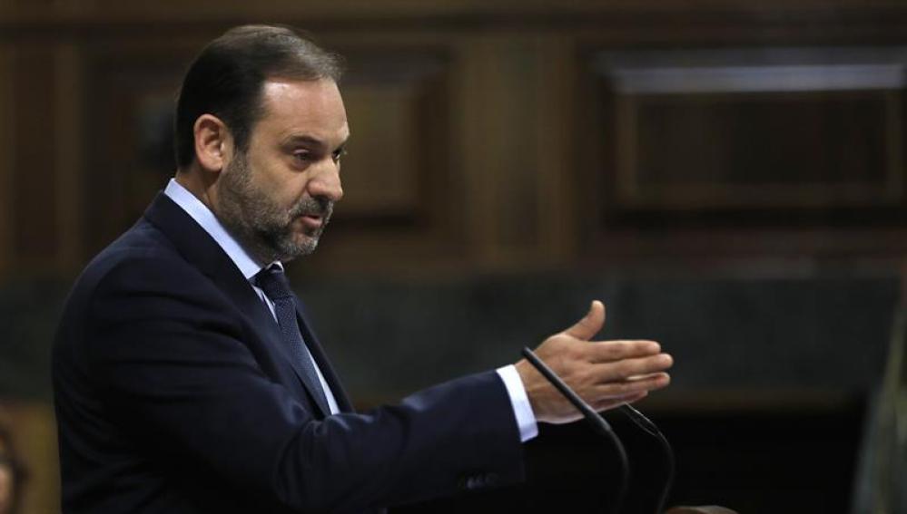 José Luis Ábalos, portavoz del PSOE, durante el debate de la moción de censura