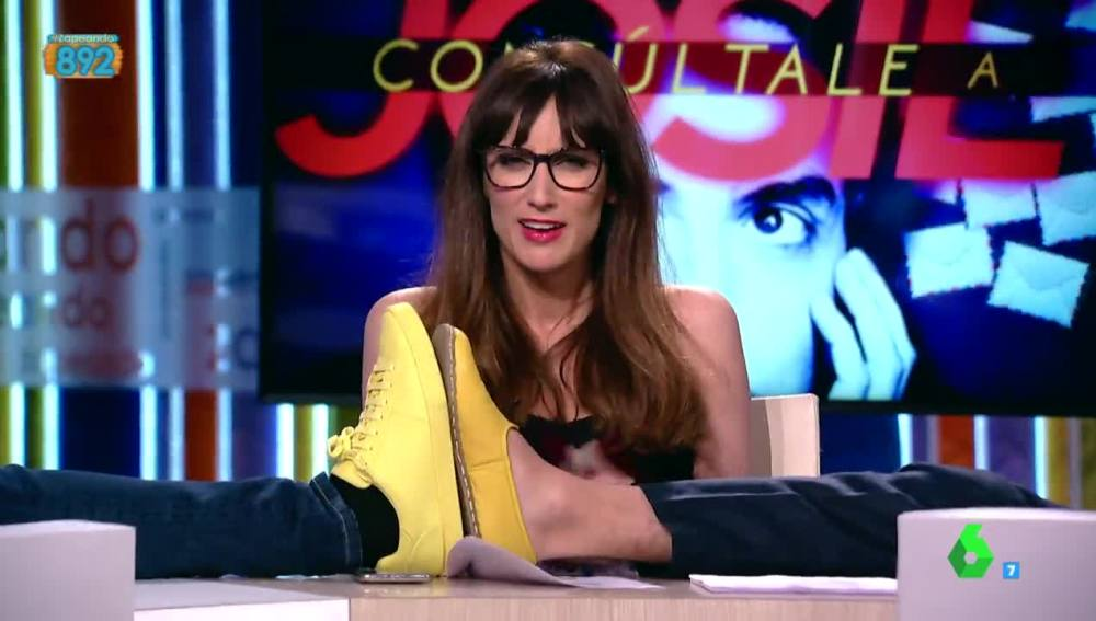 Ana Morgade y los zapatos amarillos