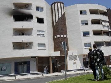Residencial Alborán, donde una vivienda ha sufrido un incendio