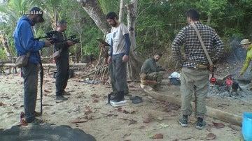 Iker se pesa en La Isla
