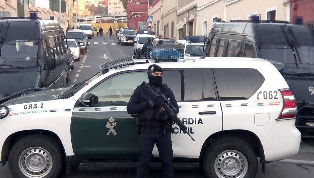 En la imagen, un agente de la Guardia Civil