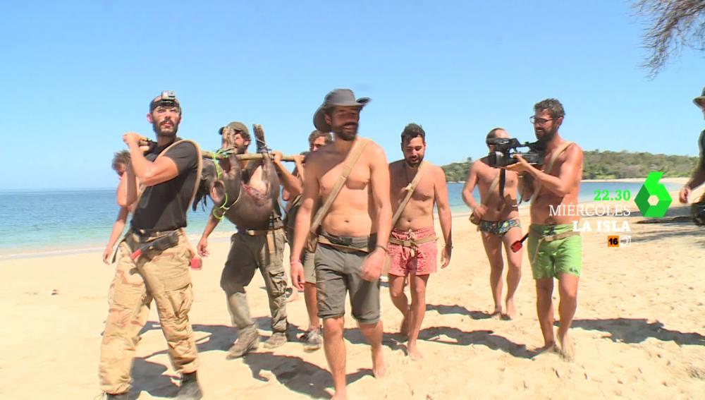 Los aventureros consiguen capturar un jabalí en La Isla