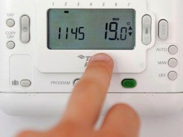 La ola de calor encarece el recibo de la luz un 7 %