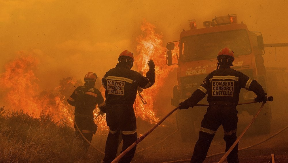 El incendio de Sierra Calderona ya ha quemado más de 350 hectáreas