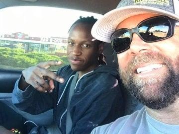 Andy Mitchell con Justin Korva en el coche