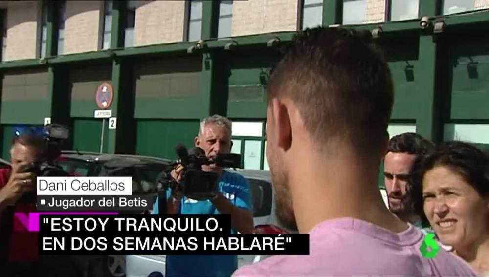 Dani Ceballos sale del Benito Villamarín