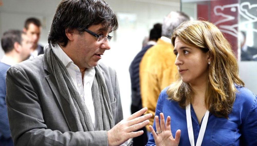Carles Puigdemont y Marta Pascal