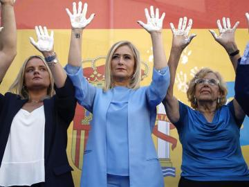 Marimar Blanco, Cristina Cifuentes y Manuela Carmena en el homenaje a Miguel Ángel Blanco