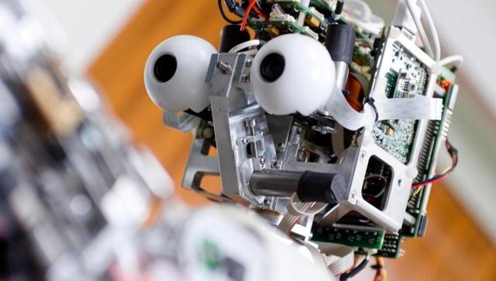 Desarrollan un sensor que detecta ciberataques a robots moviles