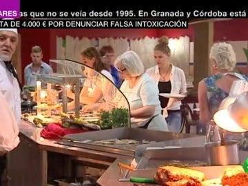 Primera multa a una familia británica por una falsa denuncia por intoxicación en un hotel español: tendrán que pagar 4.000 euros