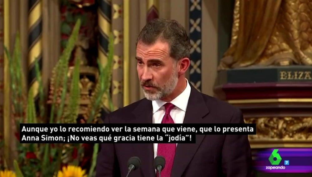 """Anna Simon desvela la 'verdadera' traducción del discruso del rey Felipe: """"Zapeando es un programa de traca"""""""