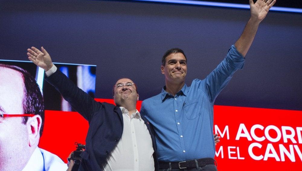 Pedro Sánchez junto a Miquel Iceta