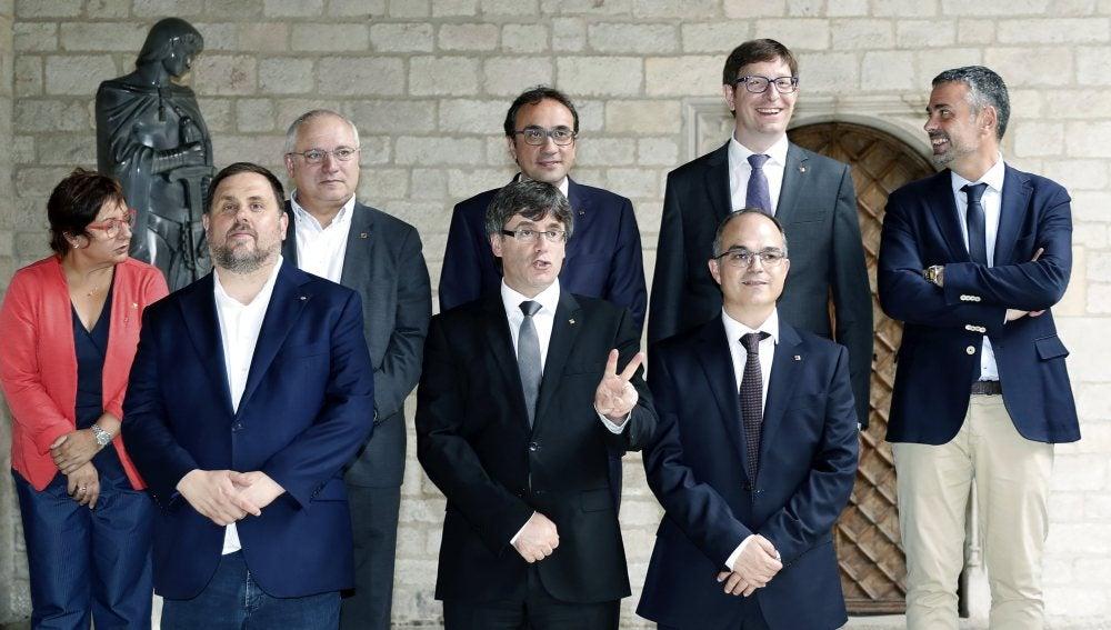 Foto de familia del nuevo Govern de la Generalitat de Cataluña