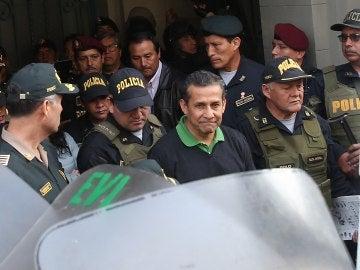 El expresidente de Perú Ollanta Humala y su mujer, son detenidos