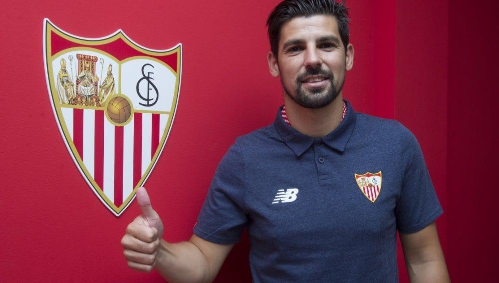 Nolito presentado en el Sevilla