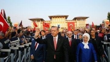 El presidente turco en el primer aniversario del fallido golpe de estado
