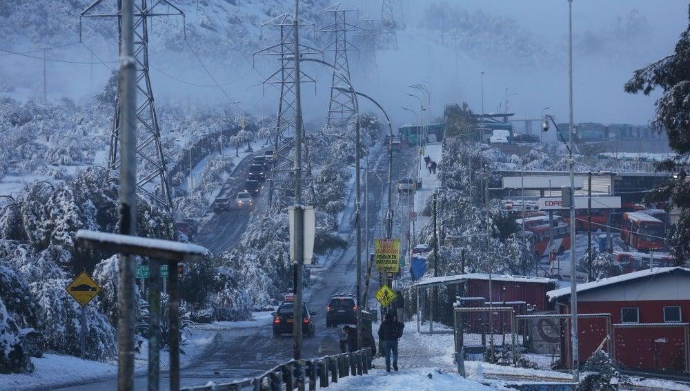 Las calles de Santiago de Chile nevadas