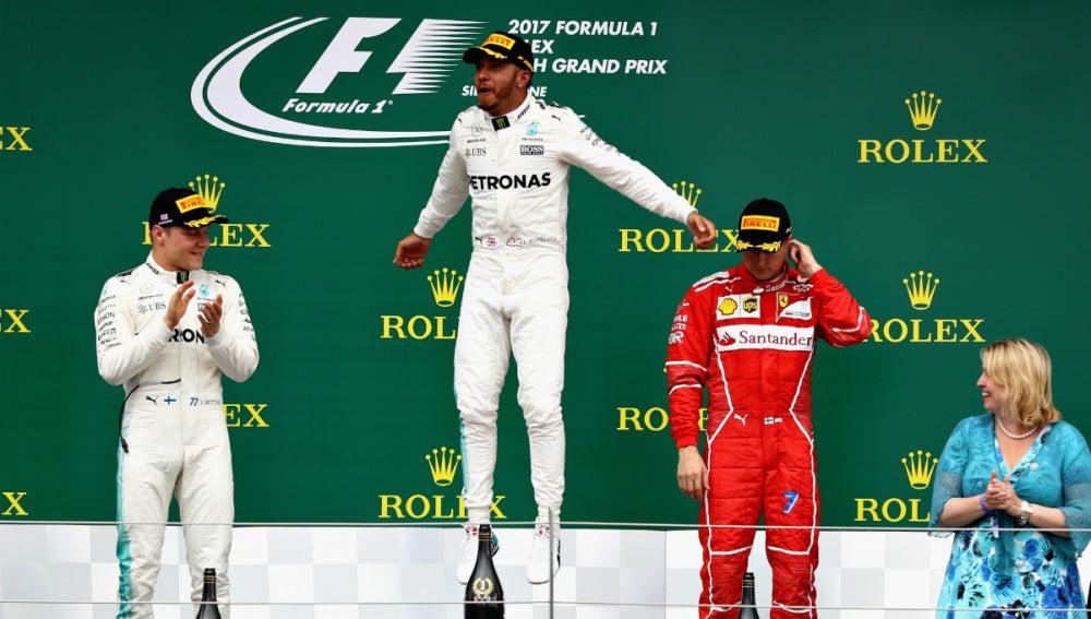 El podio del GP de Gran Bretaña