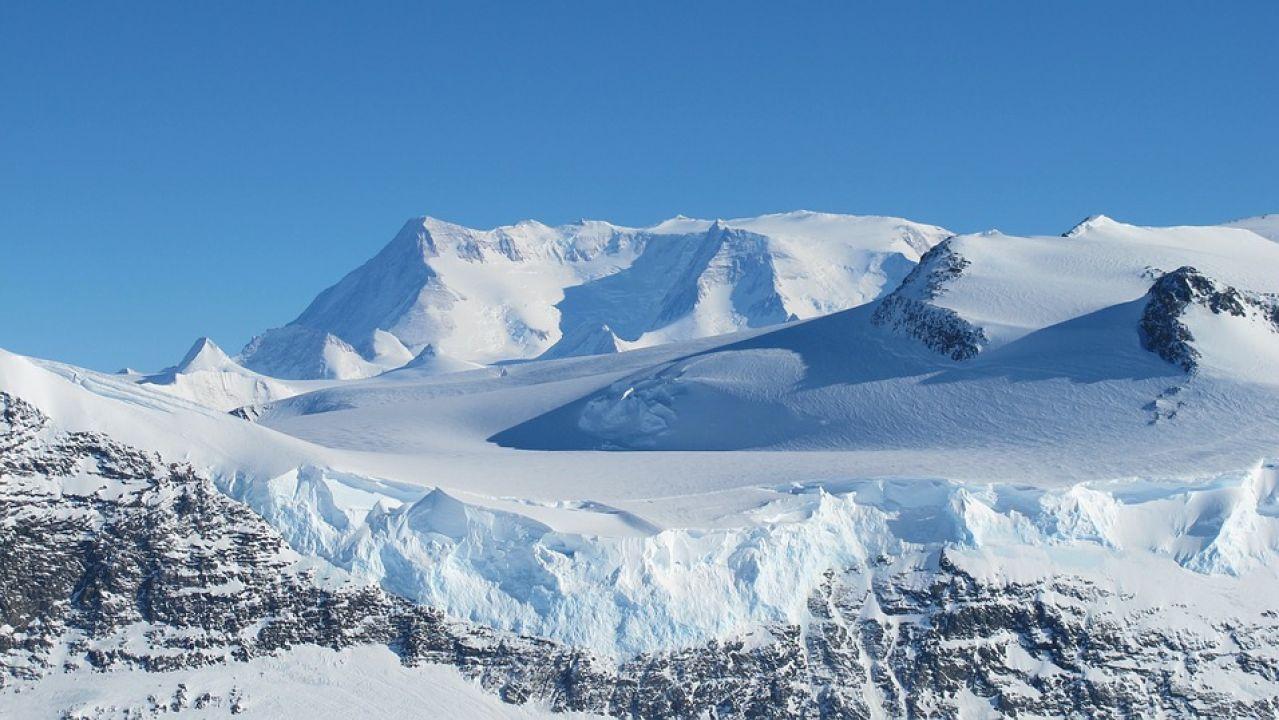 Montes en la Antártida