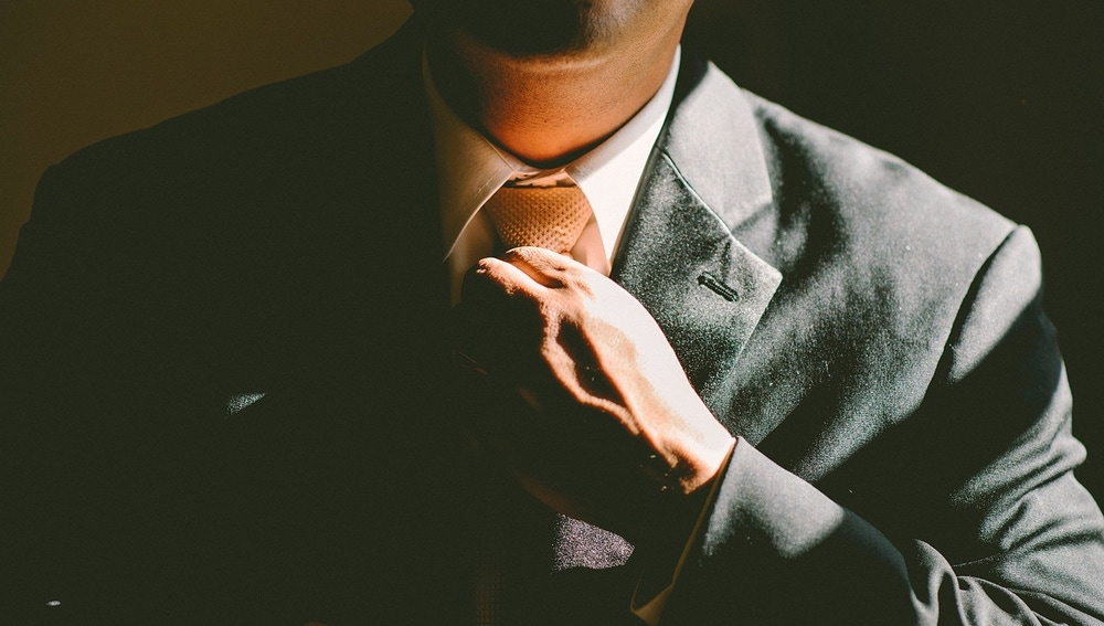 Los empleados que se sienten sobrecualificados  son más propensos a tener comportamientos desviados