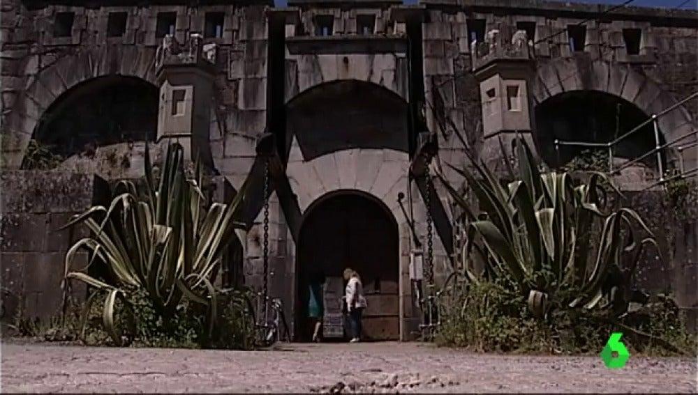 El castillo de la Palma, Bien de Interés Cultural que fue prisión de Tejero tras el 23F, cerrada al público por las disputas entre propietarios y ayuntamiento