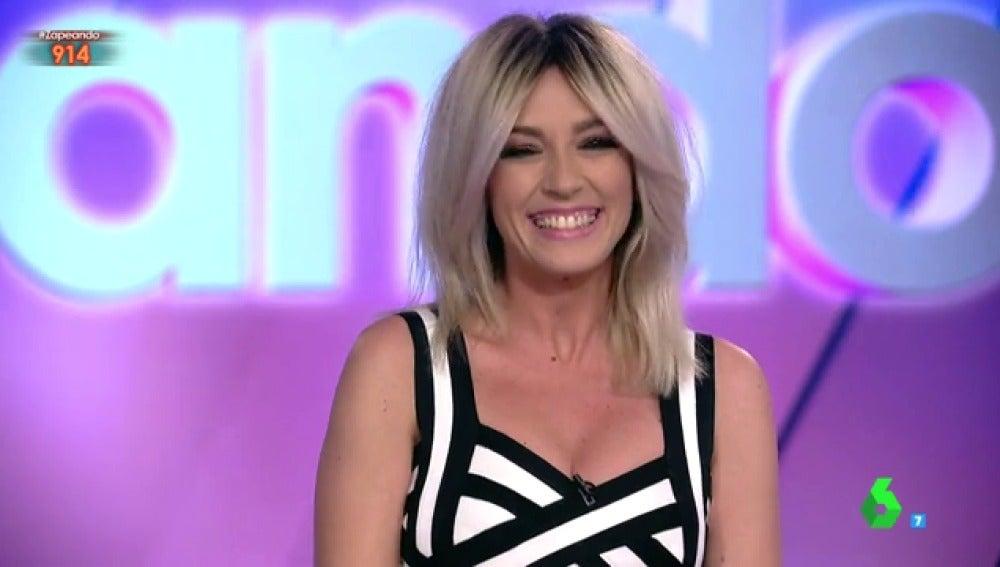 Anna Simon en su primer día como presentadora