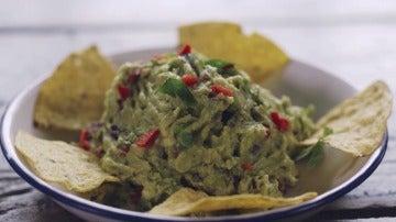 La receta del guacamole en El Comidista TV