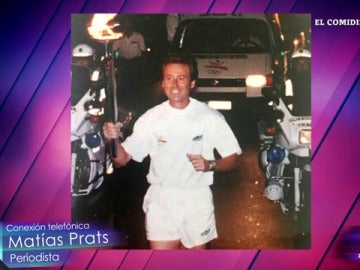 Matías Prats con la antorcha olímpica
