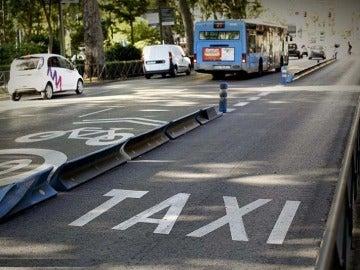 Carril de taxis en Madrid