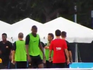 Neymar y Semedo, enfrentados en el entrenamiento del Barcelona