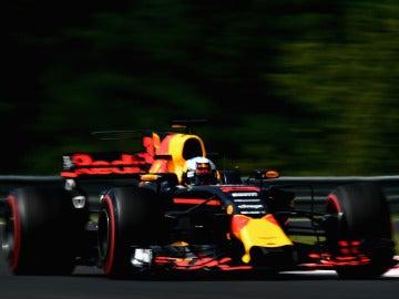 Daniel Ricciardo, rodando en Hungaroring