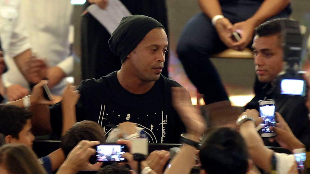 Ronaldinho durante sus declaraciones