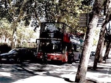 La rama juvenil de la Cup, 'Arran', reivindica el ataque a un bus turístico en Barcelona
