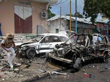 Coche bomba que ha explotado cerca de un hotel en Mogadiscio