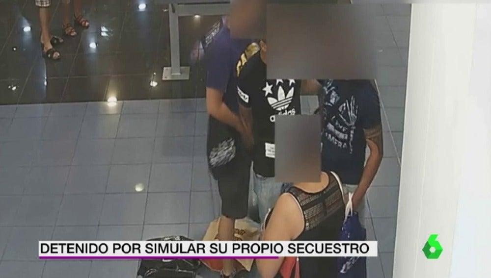 Tres detenidos por simular el secuestro de uno de ellos y pedir 5.000 euros a un familiar para su liberación