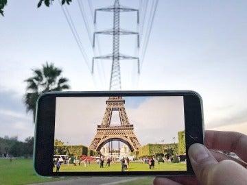La Torre Eiffel con un toque 'peculiar'