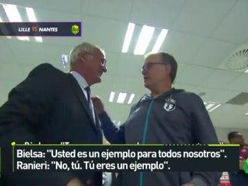 """La genial charla entre Ranieri y Bielsa antes de su partido en Francia: """"Usted es un ejemplo para todos..."""""""