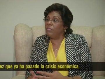 Nazira Abdula, Ministra de Sanidad de Mozambique