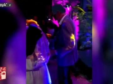 El baile viral de Mariano Rajoy en una boda un mes antes de su ataque de lumbago