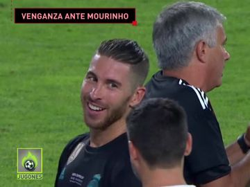 Sergio Ramos se ríe de Mourinho