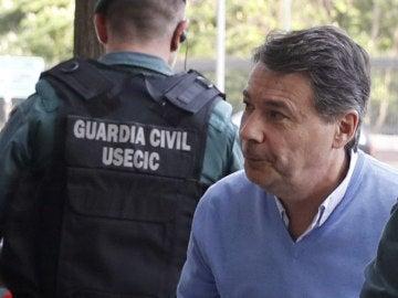Ignacio González, a la entrada del juicio