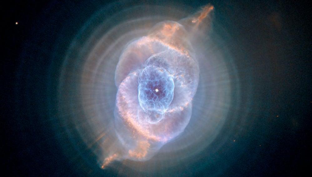 Nebulosa NGC 6543 o nebulosa del Ojo de Gato