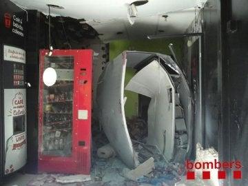Las maquinas de alimentación tras la explosión
