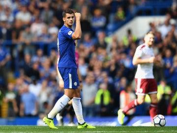 Morata celebra su gol con el Chelsea