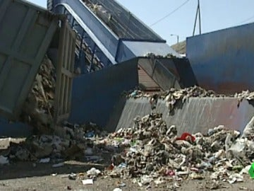 Un vertedero trata la basura
