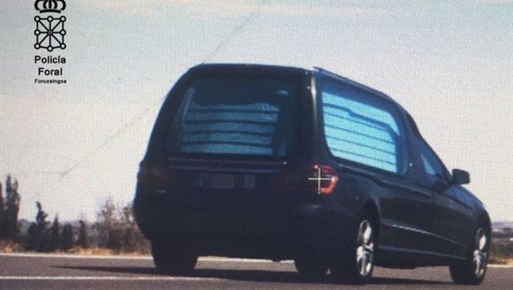 El coche fúnebre cazado por el radar en Tudela